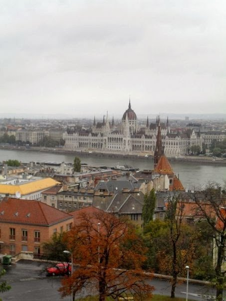 Budapeste: Pest, vista do Fishermans