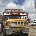 Cartagena: faça um tour de Chiva para conhecer a cidade