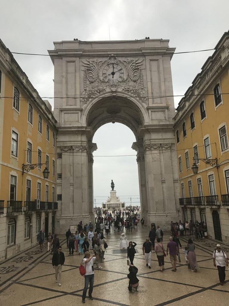 Passeios indispensáveis em Lisboa - Arco Triunfal - Lisboa
