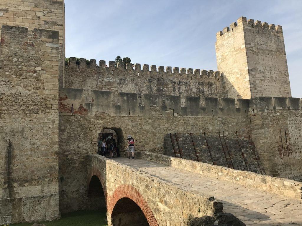 passeios indispensáveis em Lisboa - Castelo de São Jorge em Lisboa