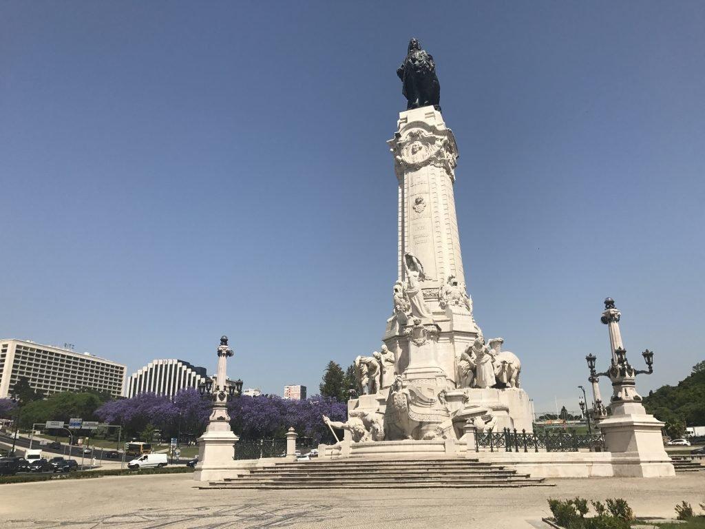 passeios indispensáveis em Lisboa - Praça Marquês de Pombal