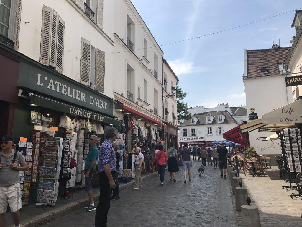 Bairro de Montmartre em Paris