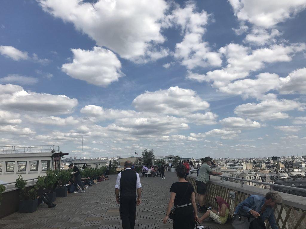 Terraço da Galeria Lafayette em Paris