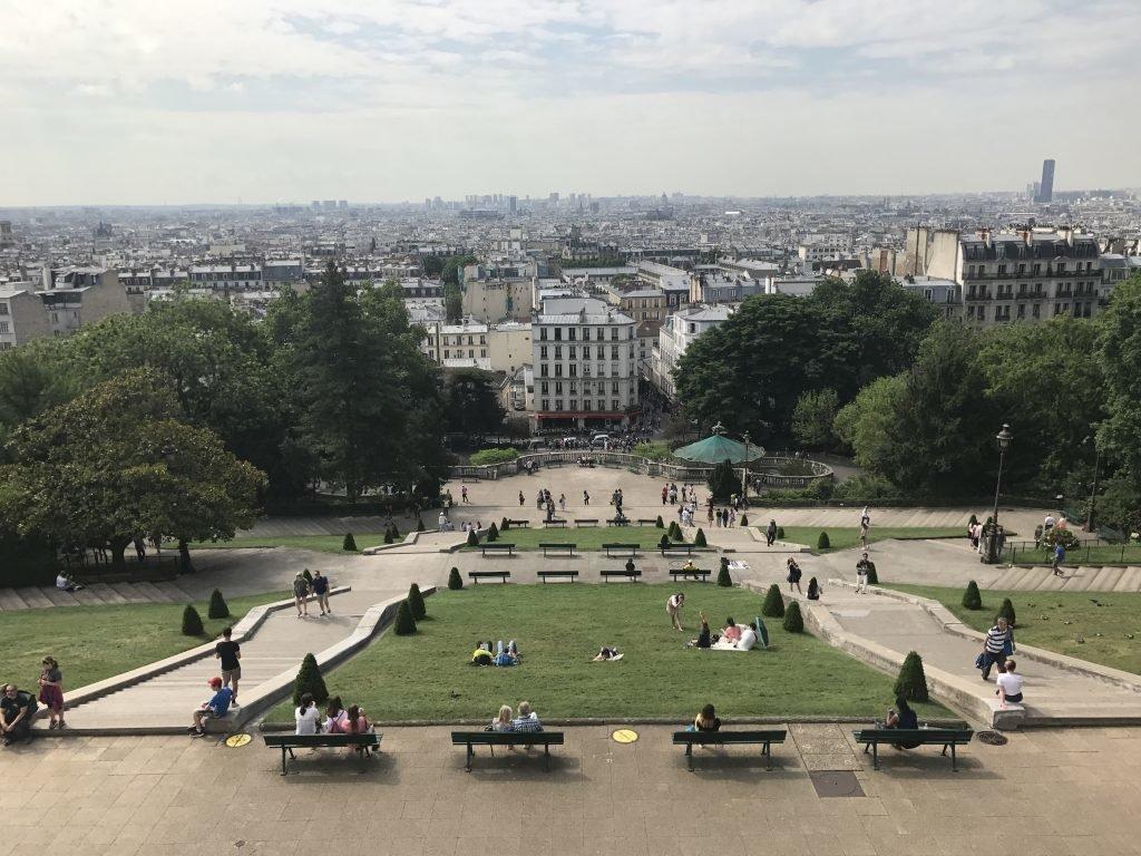 Vista de Paris chegando a Sacre Coeur