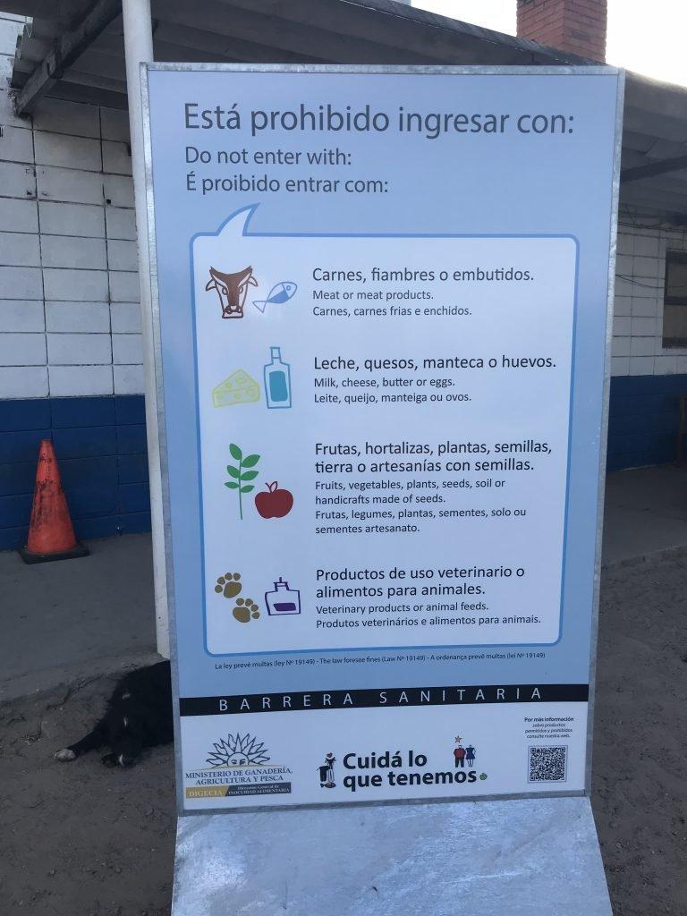 Lista do que proibido na imigração ao Uruguai