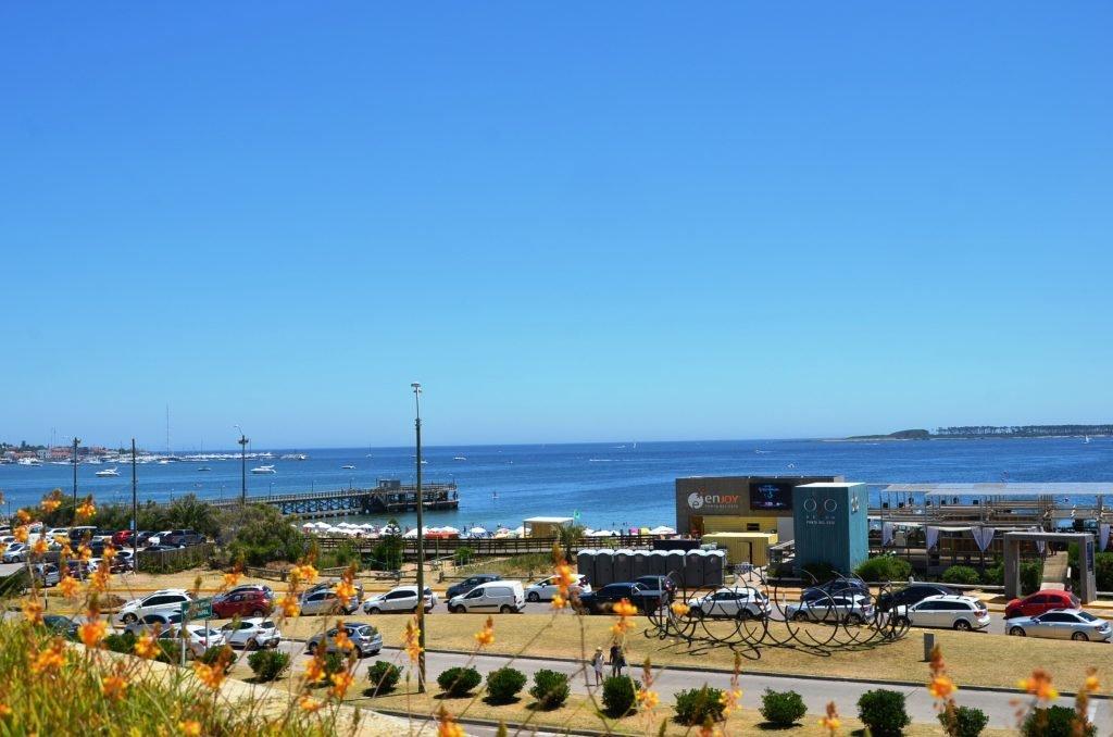 Praia Mansa - em frente ao Conrad