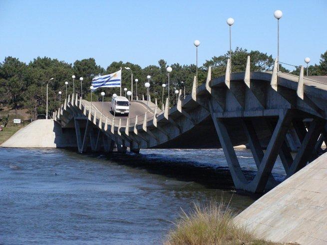 Ponte La Barra em Punta del Este