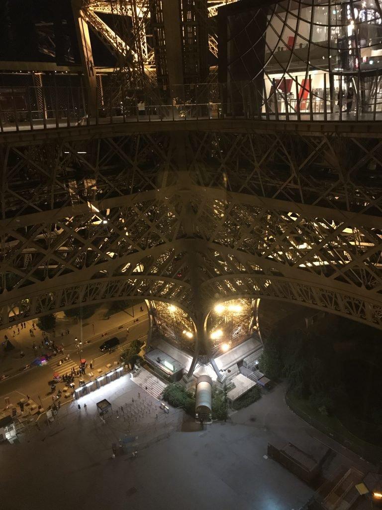 Torre Eiffel Paris 1º andar