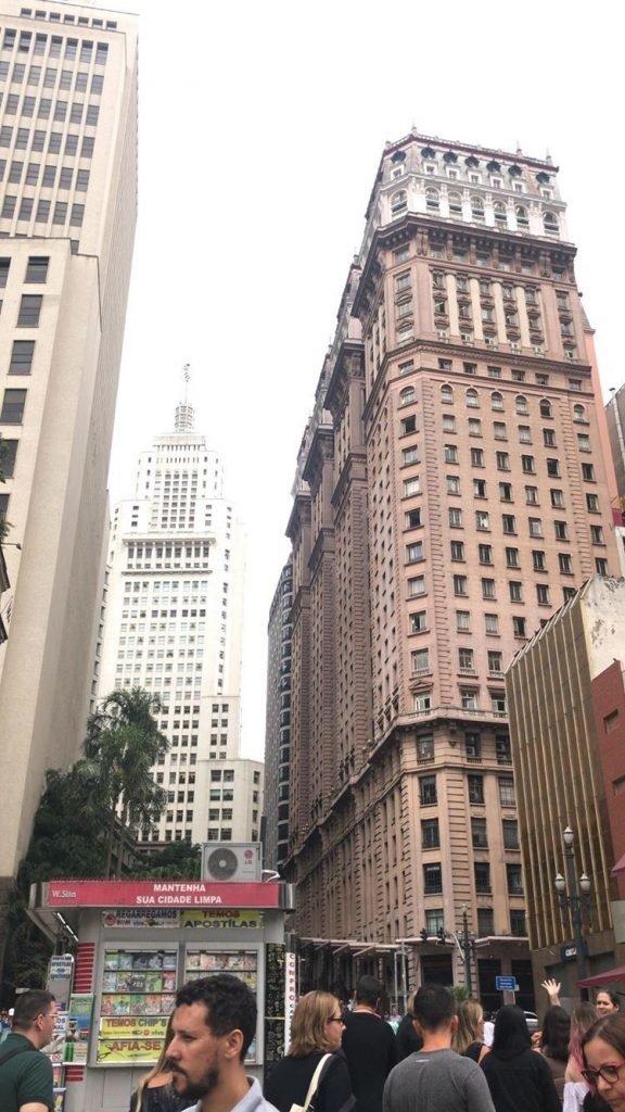 Farol Santander e o edifício Martinelli ao lado