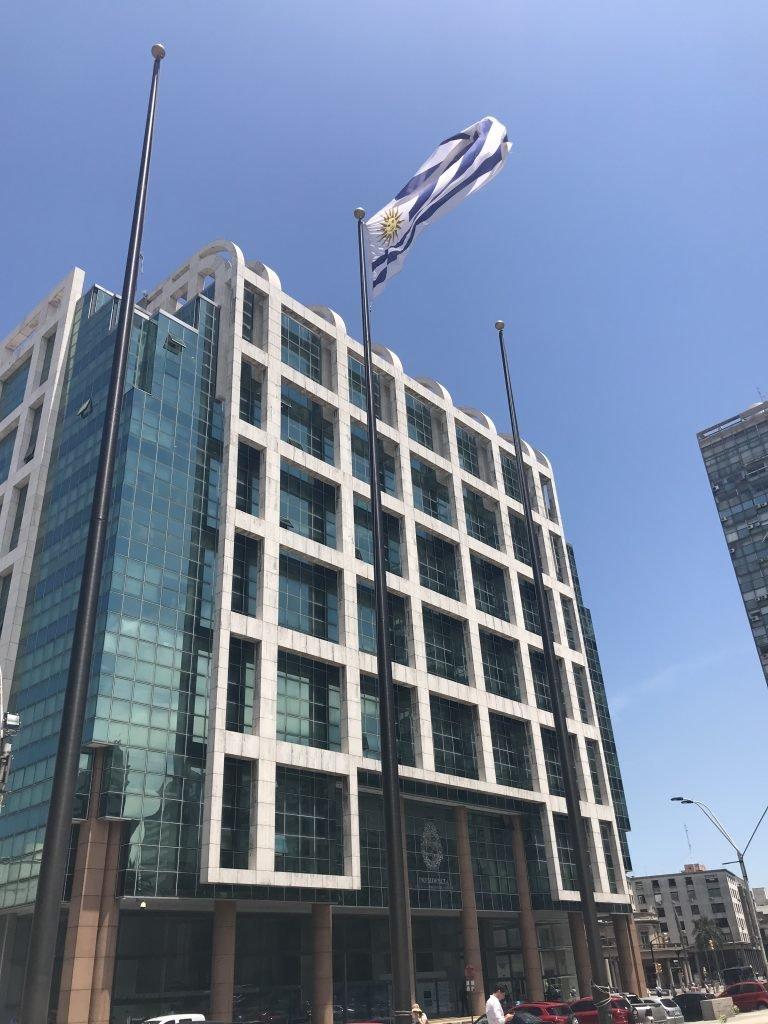 Novo Prédio Presidencial em Montevideo
