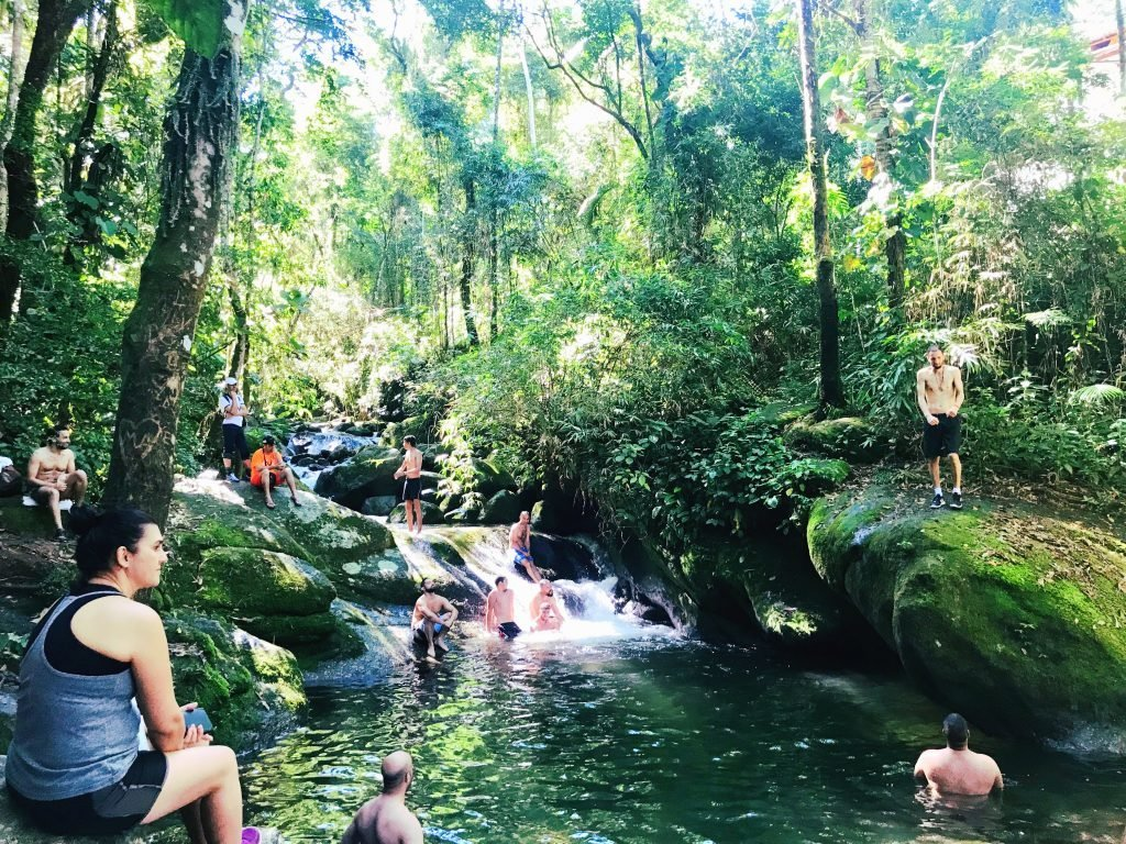Cachoeiras de Penedo - Poço das Esmeraldas