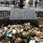 Conheça a fonte dos cadeados em Montevideo