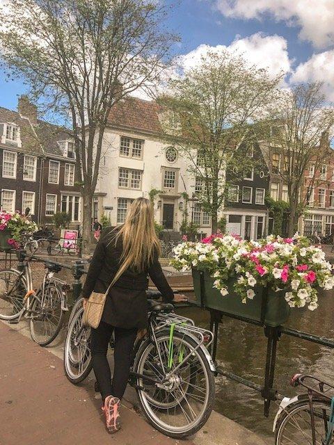 o que fazer em amsterdam - andar de bicicleta