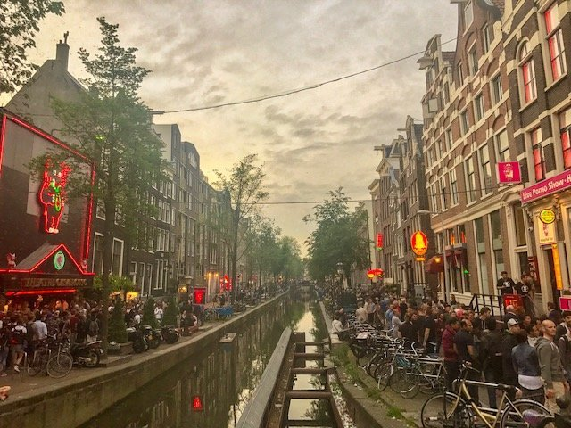 o que fazer em Amsterdam - red light district