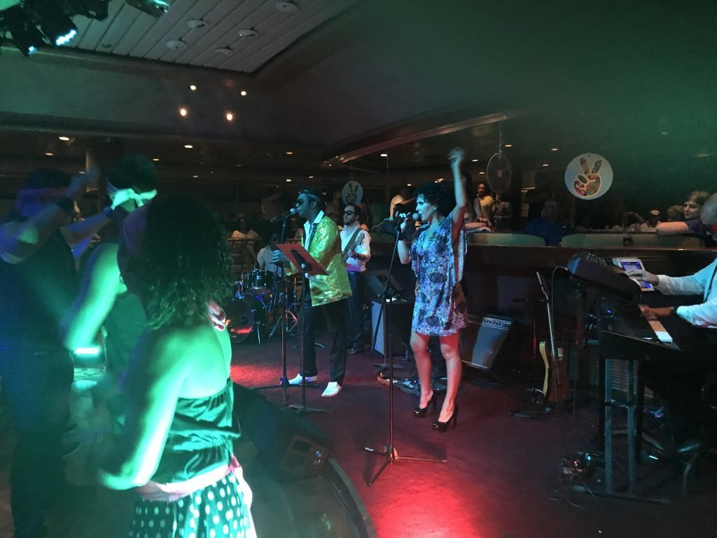 Entretenimento Em Cruzeiro Música Ao Vivo