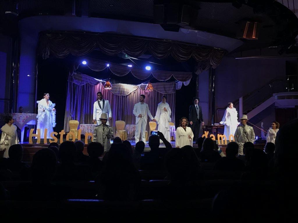 Entretenimento Em Cruzeiro Teatro