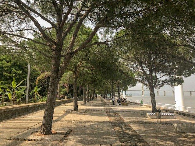 Parque das Nações em Lisboa beirando o Rio Tejo