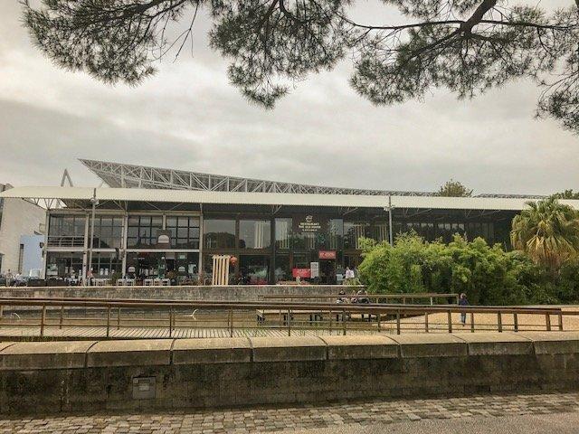 Parque das Nações em Lisboa - restaurantes e bares pelo bairro