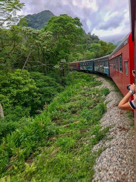 Passeio de trem de Morretes à Curitiba - ERBBV 2018